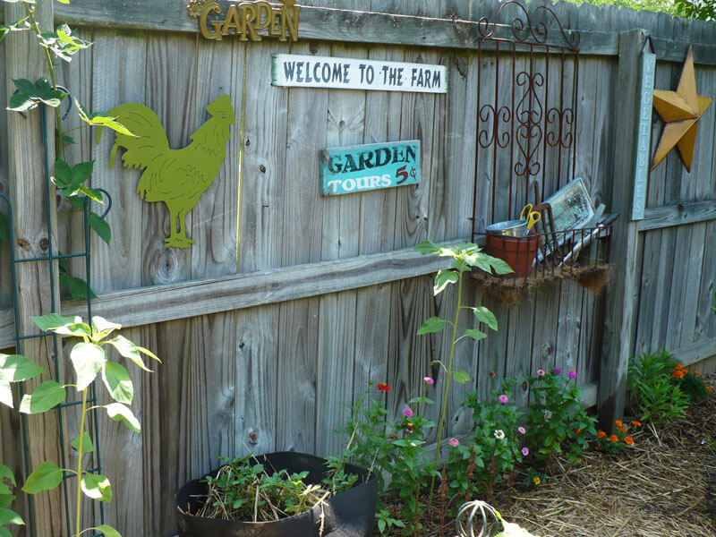 Decorating Your Backyard Fence For Oakland And San Francisco